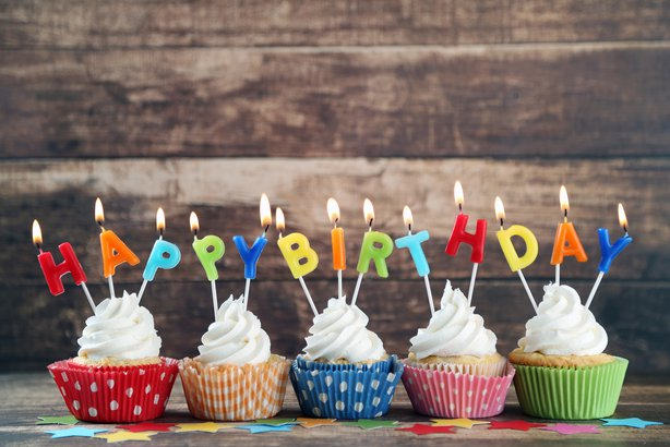 75 free birthday meals restaurants offering birthday freebies