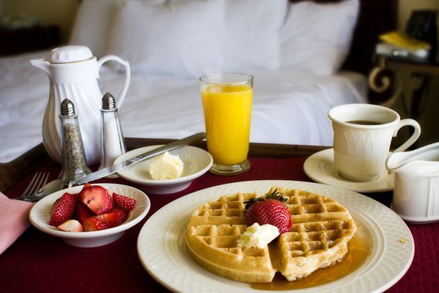 breakfast in bed in hotel