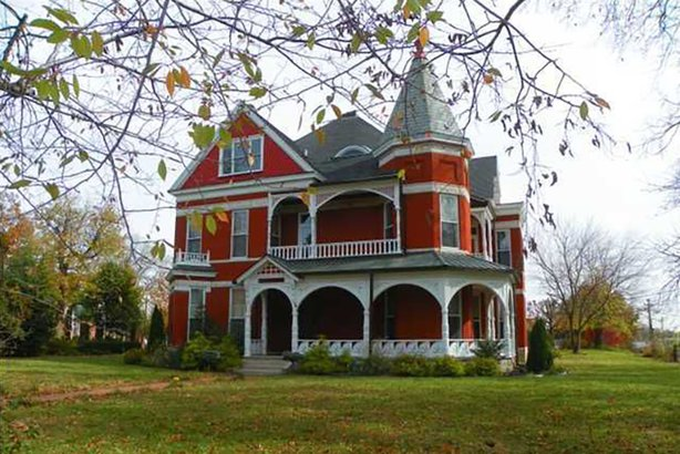 21 famous movie houses you can visit cheapism