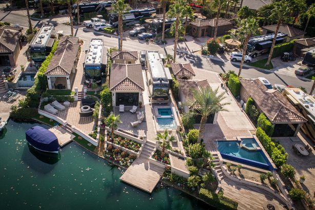 21 Breathtaking Luxury RV Resorts in the U S  | Cheapism com