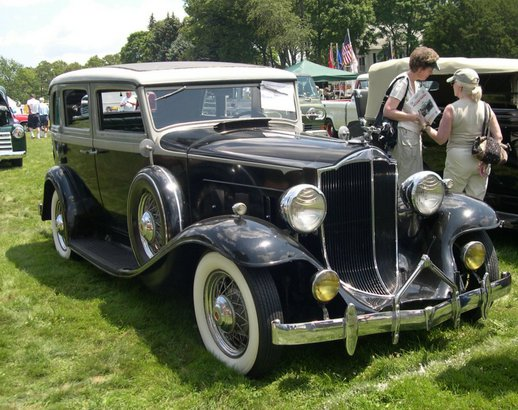 1932 Packard Light Eight Model 900