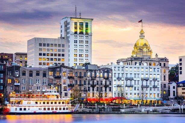 15 Best U.S. Cities For Inexpensive Destination Weddings