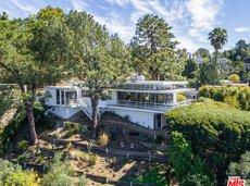 Rooney Mara's House in Los Feliz Oaks, CA