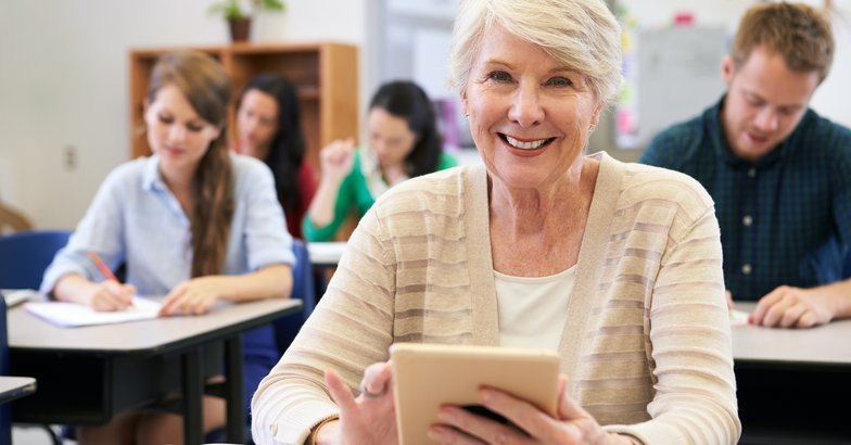 Free Or Cheap College Education For Seniors Across America