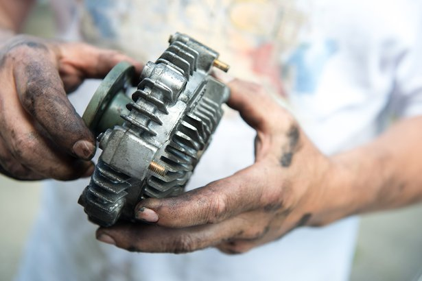 Costly Car Tune Up >> Car Mechanic Lies: 32 Common Automotive Maintenance Myths | Cheapism