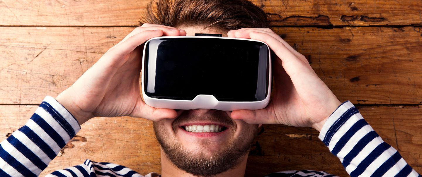 eec7904765c2 Can t Afford the  599 Oculus Rift  7 Cheap VR Headsets