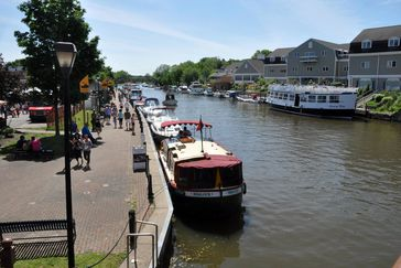 21 Best Places for a Houseboat Vacation | Cheapism com