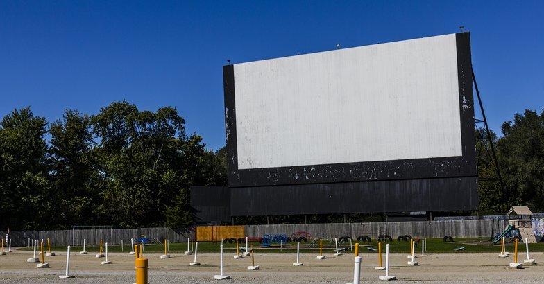 40 best drivein movie theaters in america cheapism