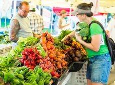 061616_best_farmers_markets_slide_0_fs