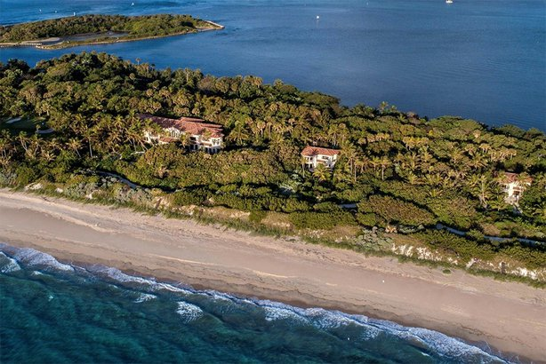 expensive beachfront property on Manalapan, Florida