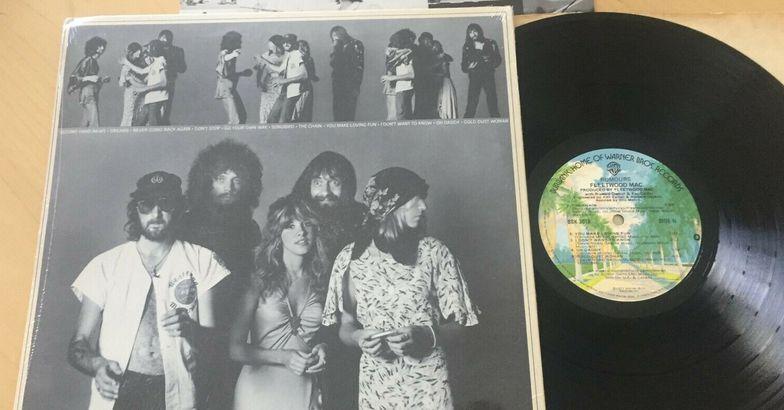 """Vintage Fleetwood Mac's """"Rumours"""" Vinyl LP"""