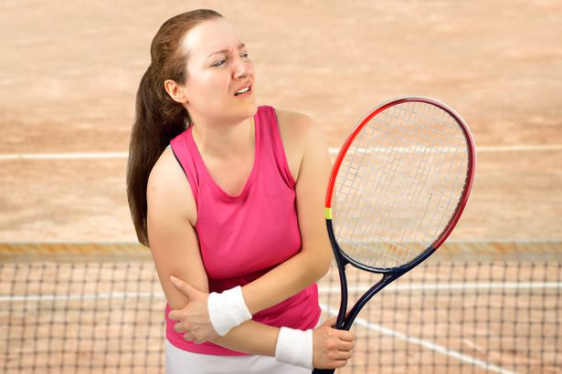 tennis woman player injured