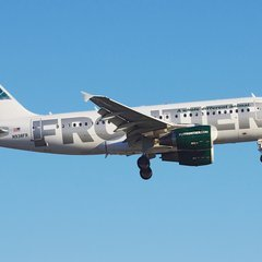 070616_low_cost_airlines_slide_3_fs