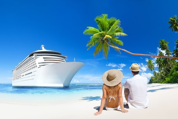 romantic couple sitting by a cruise ship