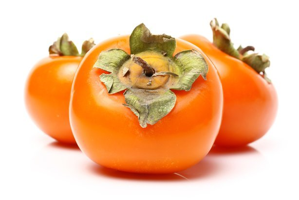 When to buy vegetables and fruits in season and save for Cachi persimon