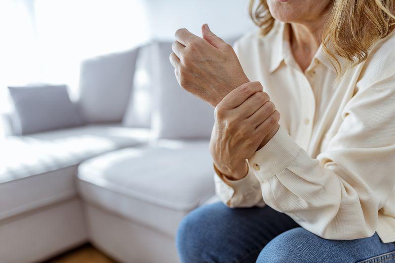 Cómo detectar la inflamación crónica y cómo tratarla   Cheapism.com