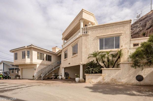Arizona waterfront home