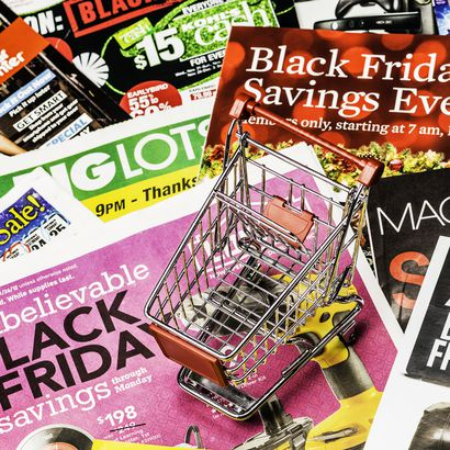 Black Friday ads with little shopping cart