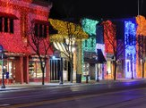 quaint downtown of Rochester, Michigan during the holidays