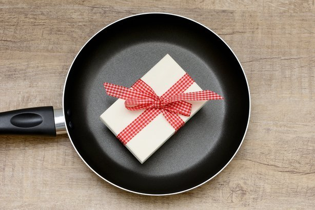 frying pan with present