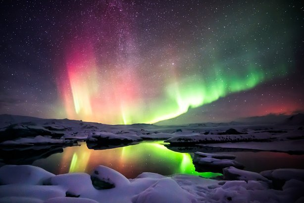 northern lights over the Jokulsarlon lagoon, Iceland