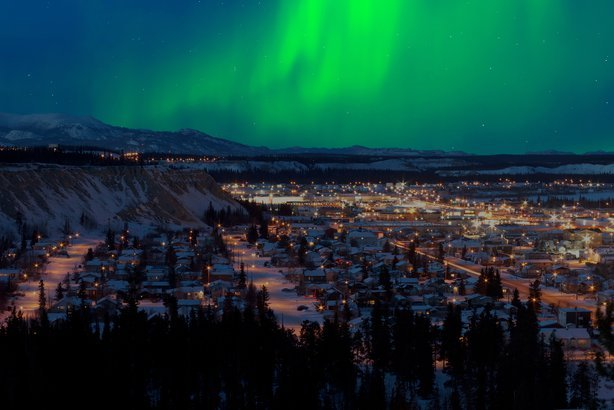 Northern Lights In Iceland See The Aurora At Abisko National Park