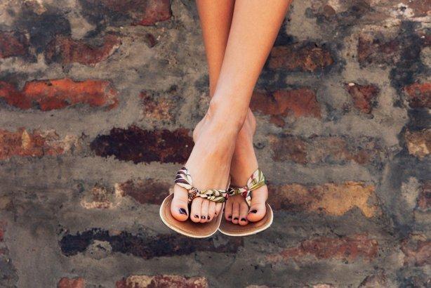 Cheap Sandals Cheapism