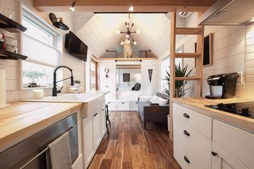21 Coolest Tiny House Rentals Where To Rent Tiny Cabins Homes On Airbnb And Vrbo Cheapism Com