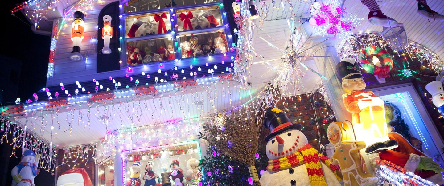 32da9923f97a0 Dazzling Christmas Light Displays to Visit in All 50 States