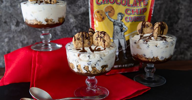 trader joe's organic chocolate chip cookies and sundaes