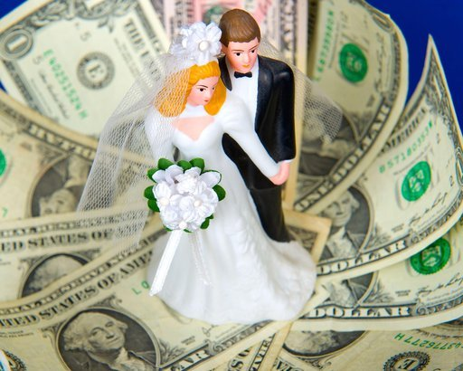 bridal couple on money