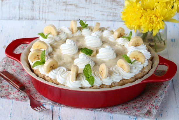 Banana Whipped Cream Pie