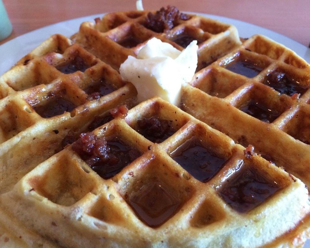 https://blog.cheapism.com/best-waffles-restaurants-usa/ 2018-08-16 ...