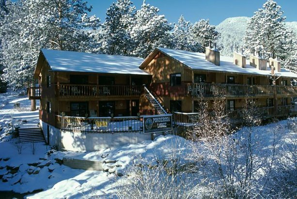 Ponderosa Lodge in Estes Park, CO