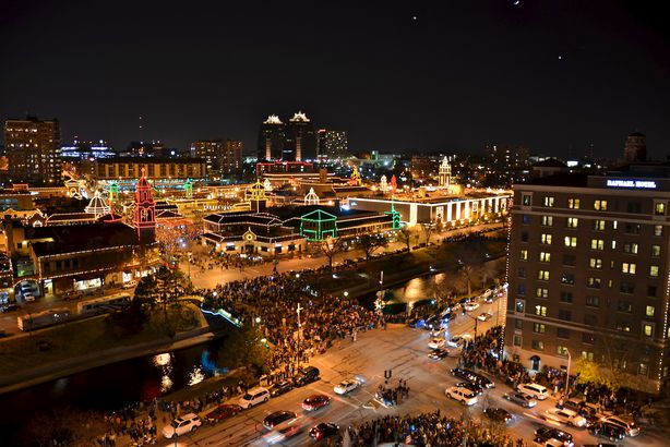 christmas lights at country club plaza in kansas city mo - Christmas Lights In Kansas City