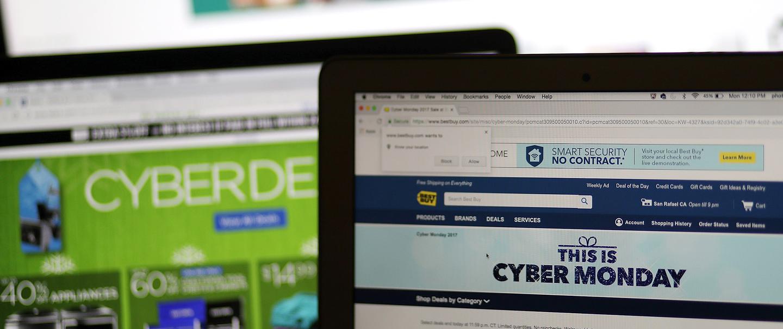 Cyber Monday Electronics Deals Cheapism Com