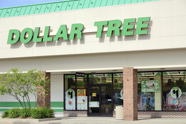 Walmart Vs Dollar Store Its Walmart Losing These 50 Ways Cheapism