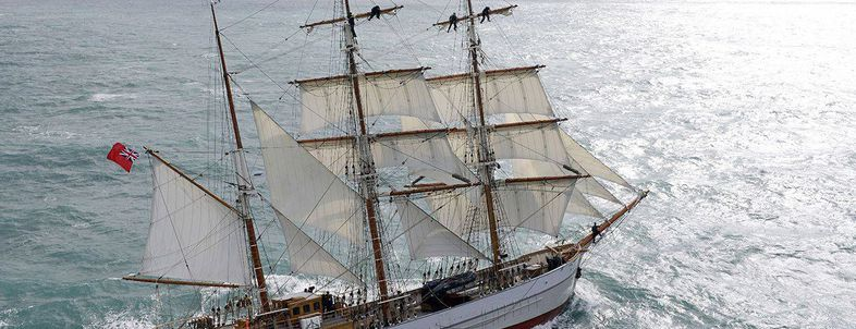 Expedition Ship Charters