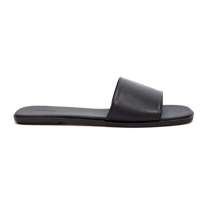 5dc6a9f78 18 Hot Sandal Look Alike   Knockoffs for Birkenstock