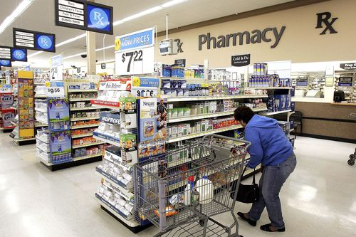 Walmart vs  Walgreens vs  CVS | Cheapest Pharmacy Prices for