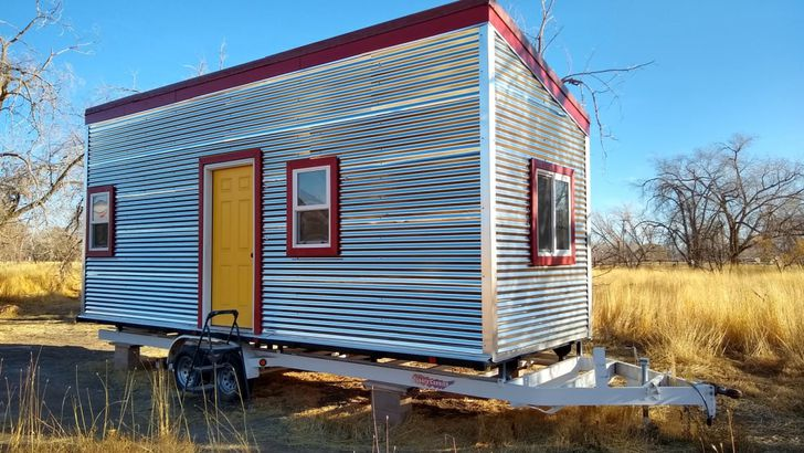 Tiny Houses For Sale Used New Tiny Homes You Can Buy Today Cheapism Com