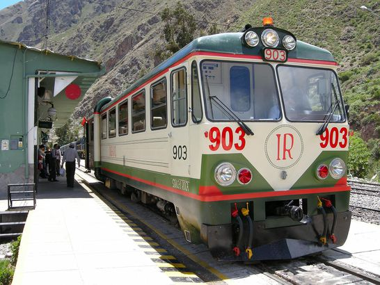 Inca Rail First Class – Machu Picchu, Peru