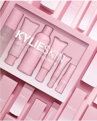Kylie skin care set