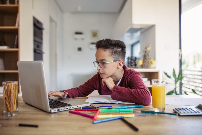 Online Classes for Kids When They Can't Go to School | Cheapism.com
