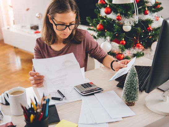 Create A Thorough Holiday Budget
