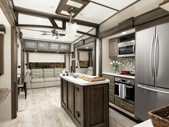 Extreme RVs for Off-road and Winter Travel | Cheapism com