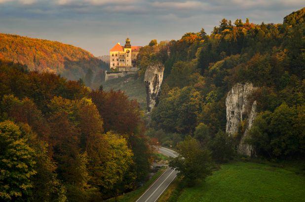 Fall at Pieskowa Skala Castle, Poland