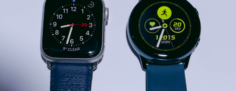 samsung galaxy & apple watch 4