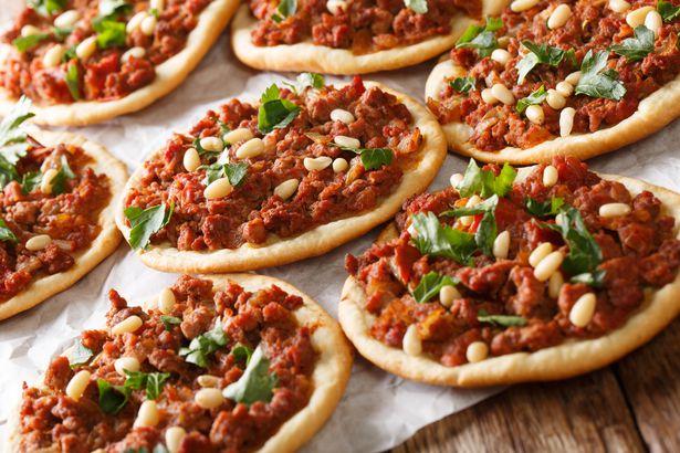 Sfiha pizza
