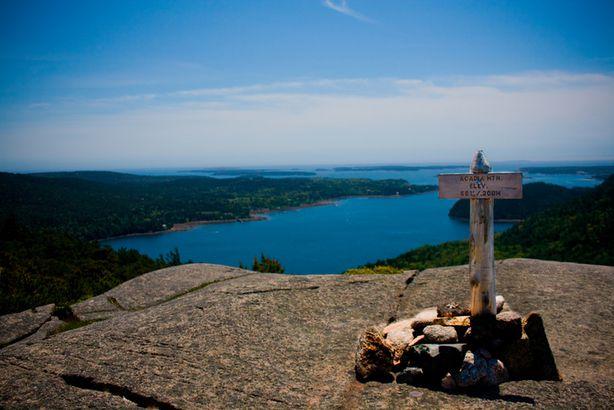Acadia summit marker